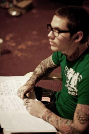 Mike Hranica (The Devil Wears Prada): Am incercat sa facem...