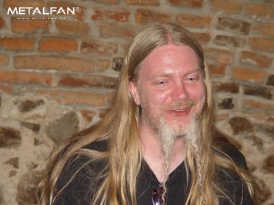 http://metalfan.ro/images/foto_nr156/Interviu%20Tarot/DSC08371.jpg